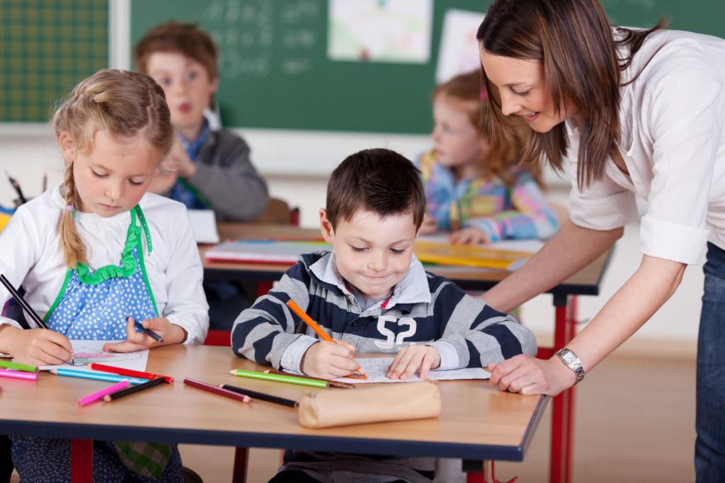Programy unijne dla szkół i przedszkoli – Oferta Fundacji Rozwoju Systemu Edukacji